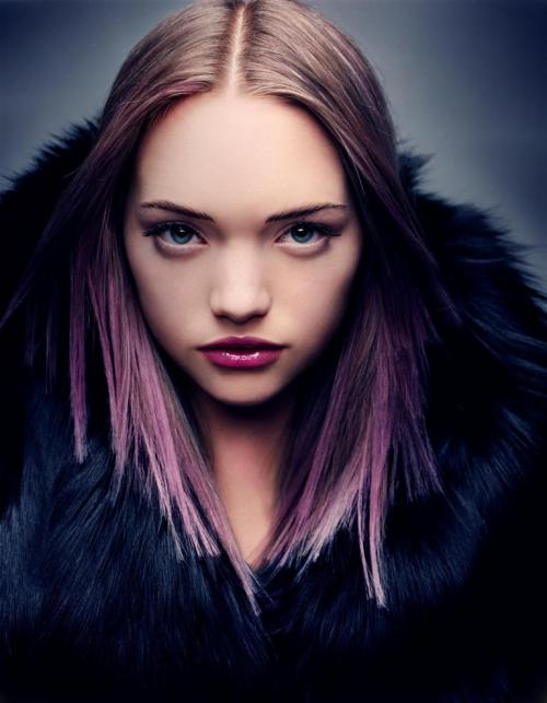 suicideblonde:  Gemma Ward photographed by Craig McDean in 2004  It seems I'm not the only one missing Gemma.
