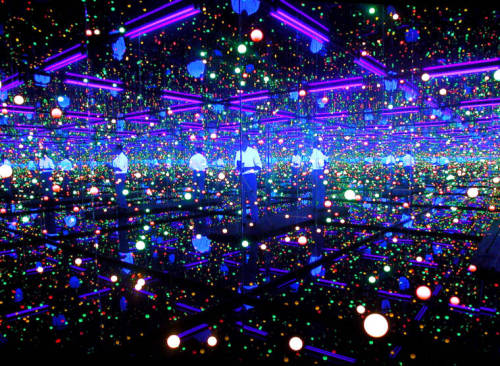 Don't Panic > Magazine > Yayoi Kusama | Yayoi's seen everything from the nuttiest New York art parties to the placid depths of rural Japan. Since 1977 she has lived voluntarily in a psychiatric institution - obsessiveness and psychological trauma are central themes in her work.