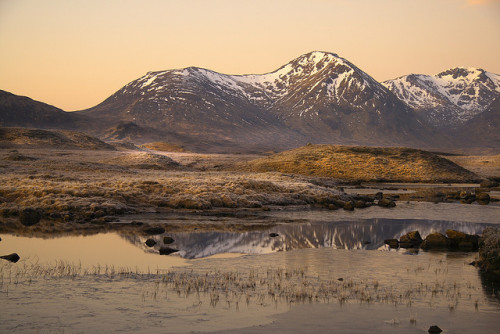 absolutescotland:  Rannoch Moor 2,Scotland by H. Tapatapa on Flickr.