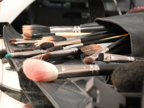REMEMBER TO ALWAYS SANITIZE YOUR BRUSHES!