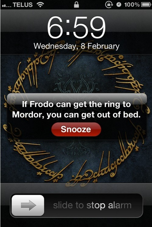epic4chan:  geek feed:  motivating alarm message  画   My life has been changed. Never will I snooze my alarm again. #nottreally