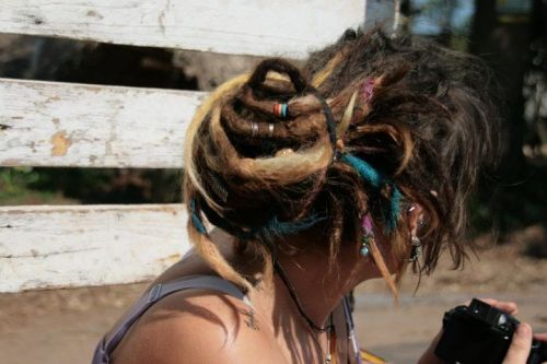 icouldbeyourhoneybee:  I LOVE MY DREADS! Taken in the back of a pick up truck near Pondicherry, India. :)