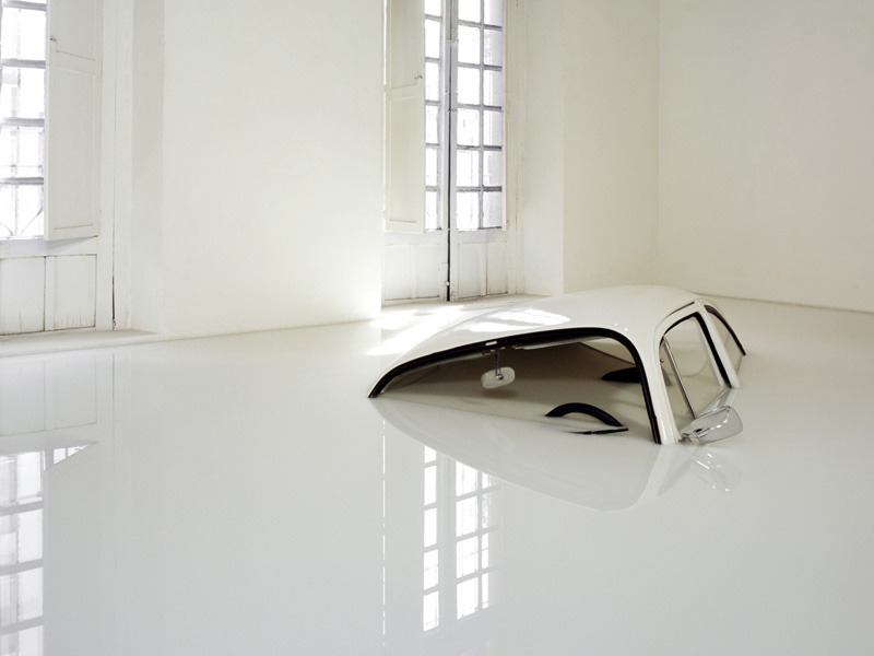 oliphillips:  VW Sunk in Milk by Ivan Puig