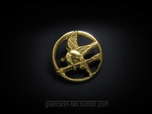 giancarlo-tan:  for sale FAN-MADE MOCKINGJAY PINS! send us message! thanks.prettybetty.tumblr.com  underthefryingpan.tumblr.com giancarlo-tan.tumblr.com/