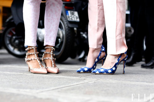 elle:  Street Chic: Paris Pals in pumps catch up between shows. Photo: Courtney D'Alesio