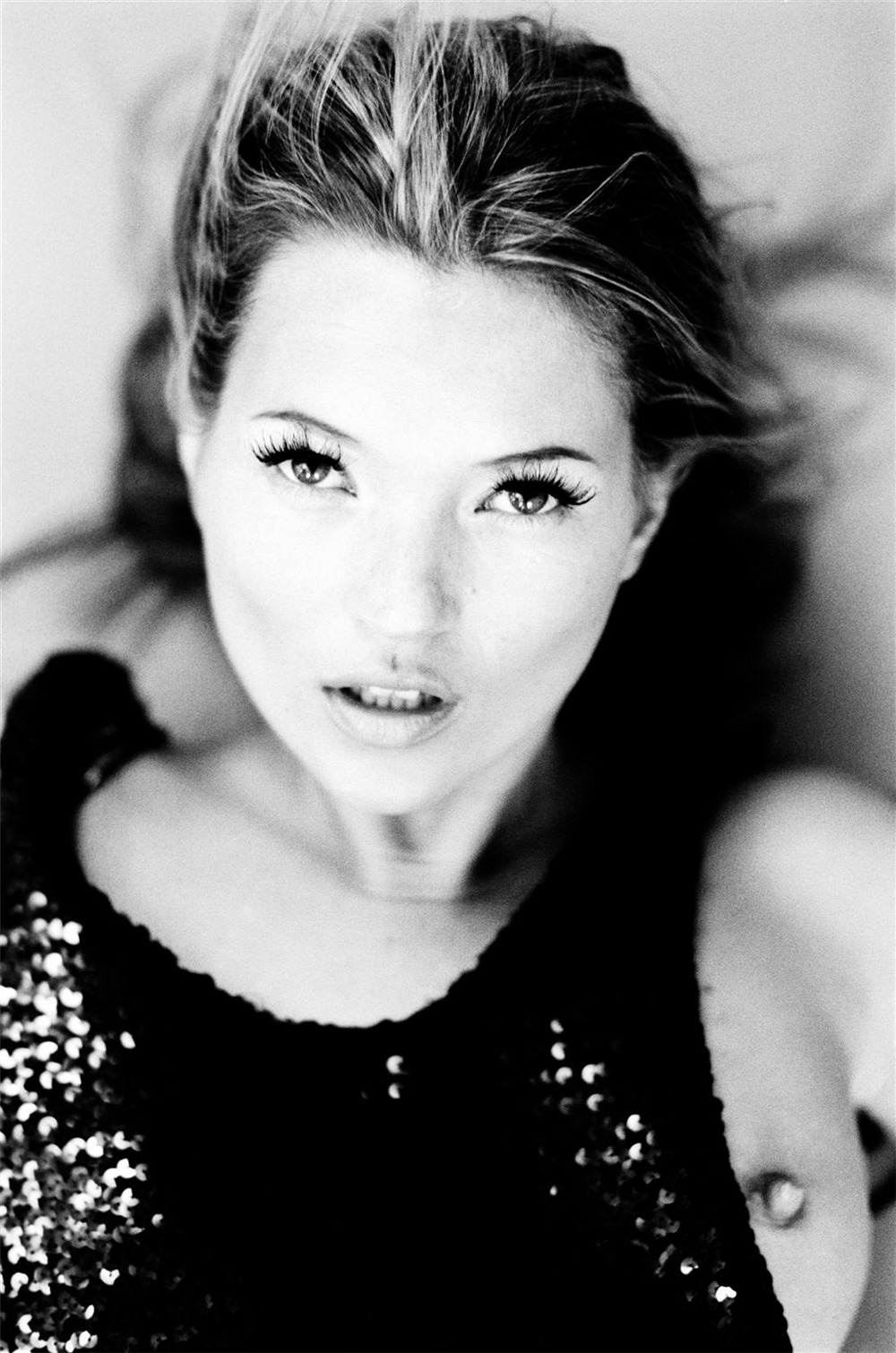 Kate Moss by Ellen von Unwerth (via sexintelligent)