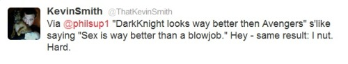 Kevin Smith sums up the Avengers vs. Dark Knight Rises.  画
