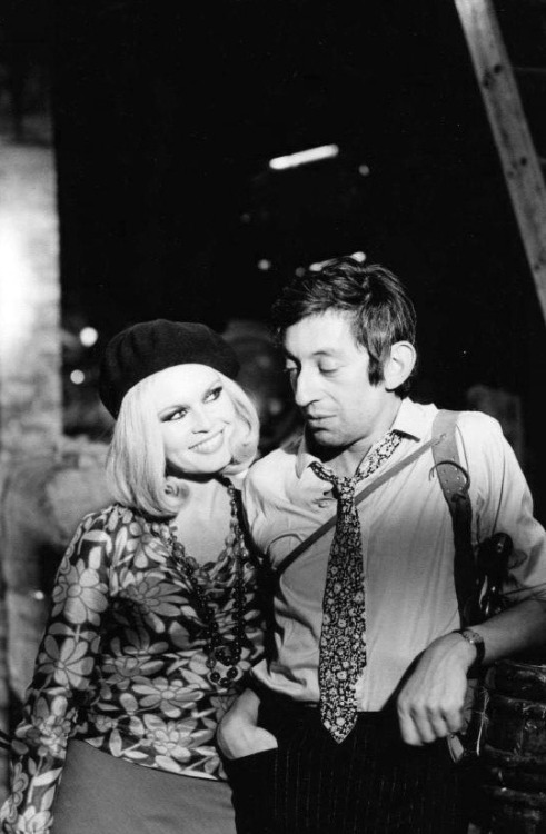 aconversationoncool:  Bardot & Gainsbourg.