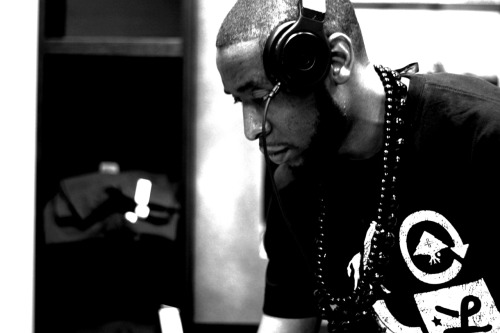 9th Wonder on the Wheels [@9thWonderMusic]
