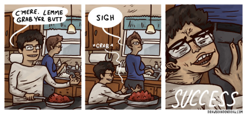 drawbrandondraw:  I'm a menace in the kitchen