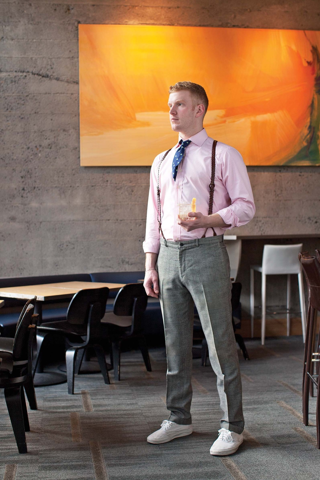 Following bartender Sean Hoard's lead, enRoute toasts Portland's spirited cocktail scene. Selon le barman Sean Hoard, avec ses cocktails aussi bons qu'uniques, la ville de Portland a raison de se péter les bretelles. Photo by / de Corey Arnold. See more from our March 2012 issue.Découvrez le reste de notre numéro de mars 2012.