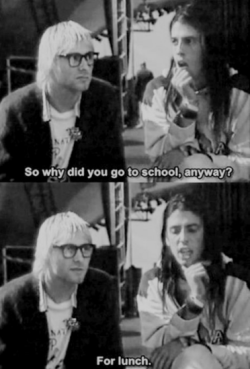 sleep-swag-smoke-smile:      Awesomeness level : Kurt Cobain         hahaha awesomeeeeeeeeeeeee. Aku rasa, ini nana hahaha.