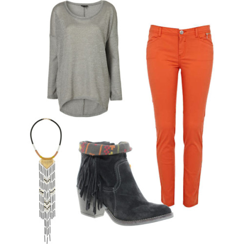 OUTFIT OF THE WEEK- I snapped up these amazing bright orange skinny jeans from River Island for the bargain price of £20! I'll be teaming them with a grey marl slouchy top like this Topshop number, black Isabel Marant style suede boots loving the aztec references on this beaut RI pair and a great statement necklace!  Grey Speckle Panel Sweat Top, Topshop £26Necklace, Topshop, £25Orange Skinny Jeans, River Island £20River Island Tassle Aztec Ankle Boots, £65