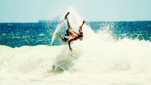 ac-surf:  Mitch Coleborn