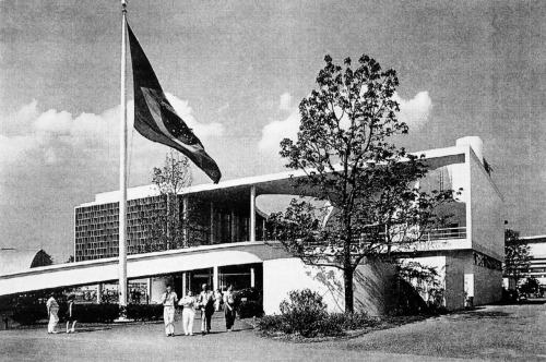 Lucio Costa and Oscar Niemeyer, Brazil Pavilion, New York World's Fair 1939