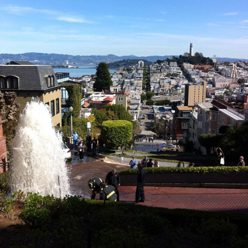 Lombard St turns into a waterfall after car collides with hydrant [San Francisco: Cow Hollow] story at SFist