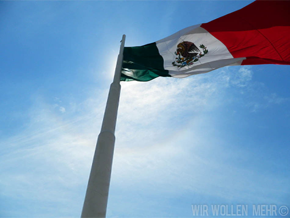 Green, White & Red = MÉXICO