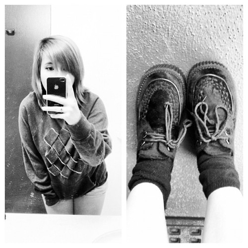 OOTN. Demonia Creepers, Vans Sweatshirt. Will watch Act of Valor tonight. ;-) #demonia #creepers #vans #sweatshirt #fashion #ootd #ootn #myself (Taken with instagram)