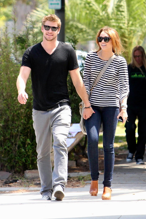 ilovemileyc:  ilovemileyc:  the perfect couple  :')