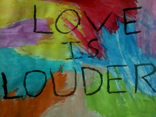 donteverlookhereagain:  LOVE IS LOUDER  Why has my shitty drawing got 37 notes? olololol