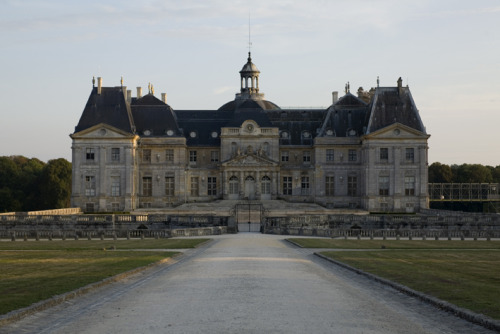 louislegrand:  The Château de Vaux-le-Vicomte. It was built from 1658 to 1661 for Nicolas Fouquet, the Superintendent of Finances under Louis XIV. When Fouquet became Louis XIV's superintendent of finances in 1657, he commissioned Le Vau, Le Brun and Le Nôtre to renovate his estate to match his ambition. Louis was suspicious of Fouquet's ambition, and his extravagant expenditure and personal display intensified the king's ill-will. Louis was entertained by Fouquet at Vaux-le-Vicomte, with a fête on 17 August 1661. Fouquet's intention was to flatter the king (part of the château was actually constructed specifically for him), but his château was too luxurious and the fête was too magnificent. Jean-Baptiste Colbert, who later replaced Fouquet as superintendent of finances, led the king to believe that Fouquet funded all this through embezzling the crown, and Fouquet was arrested and imprisoned for life. Vaux-le-Vicomte was seized, and the king confiscated 120 tapestries, the statues and all the orange trees. Louis then employed the team who designed Vaux-le-Vicomte (Le Vau Le Brun and Le Nôtre) to design the palace and gardens of Versailles.
