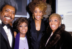 Don King, Dionne Warwick, Whitney Houston & her mom Cissy Houston - 1987