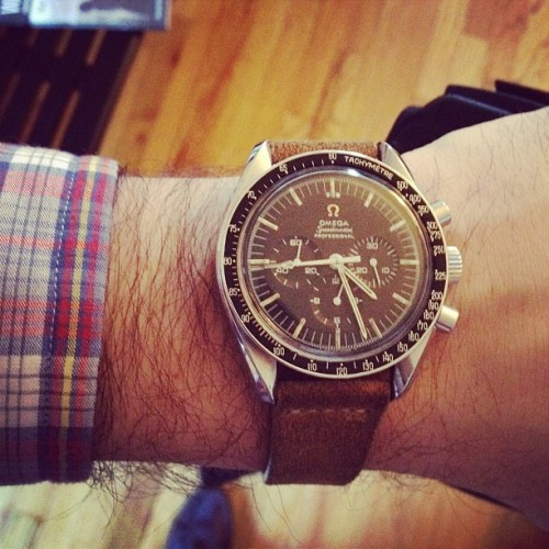 hodinkee:  Crappy old chronograph from @omegawatches is #womw today.  (Taken with Instagram at HODINKEE HQ)