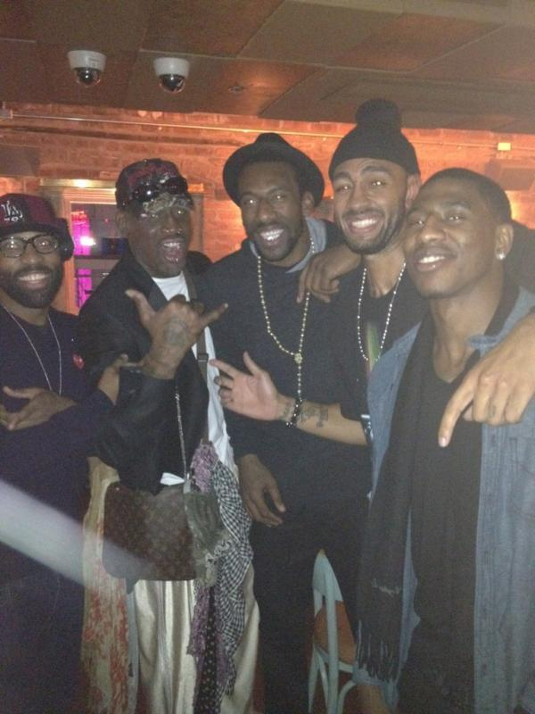 nbaoffseason:  via @amareisreal Dennis Rodman meets the Knicks! Hope he's giving Amar'e some tips on rebounding.