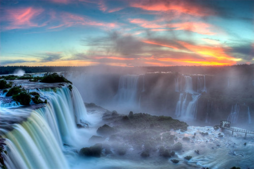 Sunset over Iguazu by SF Brit on Flickr.