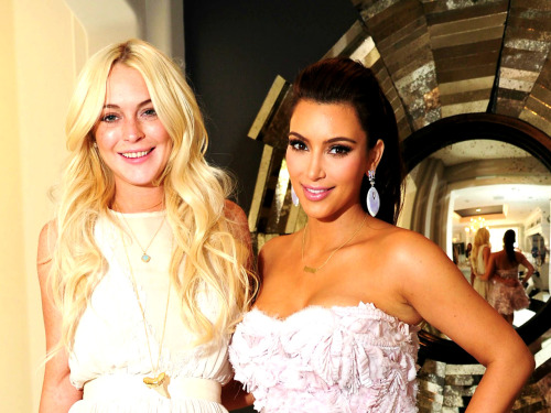 > @LindsayLohan x @KimKardashian Awesome Pic x Well Wishes before Saturday Night Live Show March 2012 - Photo posted in Eyecandy - Celebrities and random chicks | Sign in and leave a comment below!