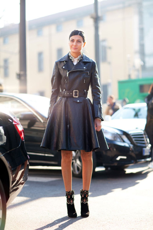 zooedits:  thanks giovanna battaglia for the motorcycle trench. ps that collar rocks and the shoes kill me. photo ny mrnewton.net via harpers bazaar.