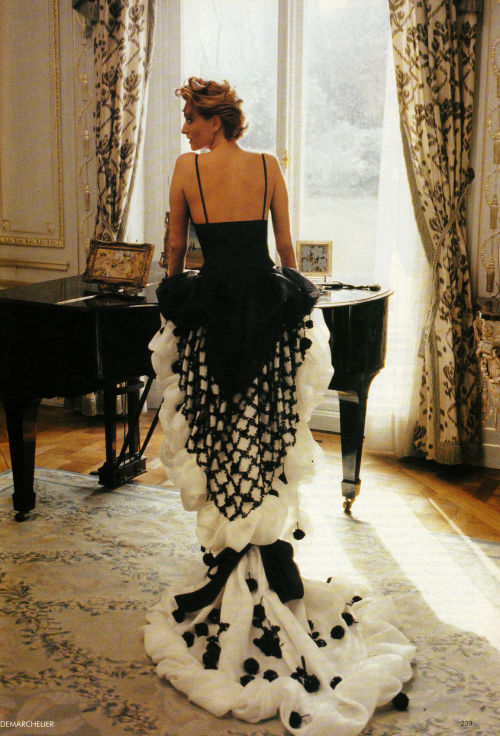 "Tatjana Patitz in Yves Saint Laurent Spring 1990 Haute Couture for ""Paris Couture: Exalted States,"" Vogue UK April 1990"