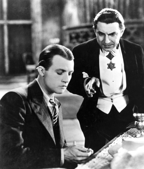 beautyandterrordance:  Dwight Frye and Bela Lugosi, in Dracula.