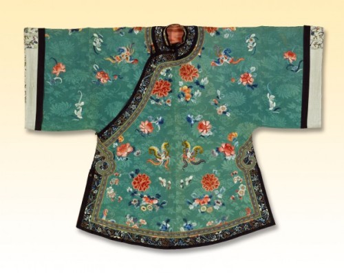 Woman's Coat China, late 19th century Silk, ribbon, metal buttons; embroidered The Textile Museum 1993.15.1 Photo by Renée Comet (via Green: the Color and the Cause)