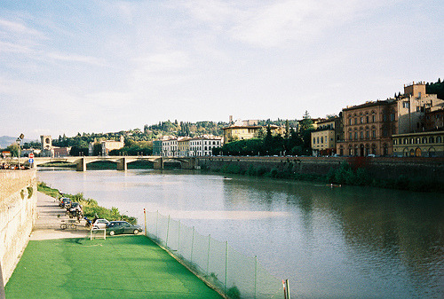 21vines:  Florence (by ChrisYunker)