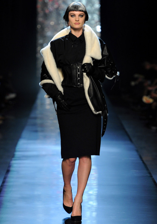 yourmothershouldknow:  Jean Paul Gaultier Otoño/Invierno 2012 Semana de la Moda de París ….. Jean Paul Gaultier Autumn/Winter 2012 Paris Fashion Week