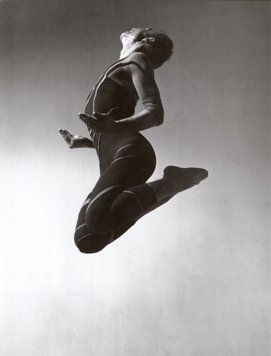 Merce Cunningham: Totem Ancestor Merce Cunningham in Totem Ancestor, 1942. Photograph by Barbara Morgan. (Courtesy the Estate of Barbara Morgan and Bruce Silverstein Gallery.) here