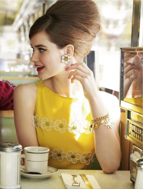 calivintage:  glamour uk march 2012.