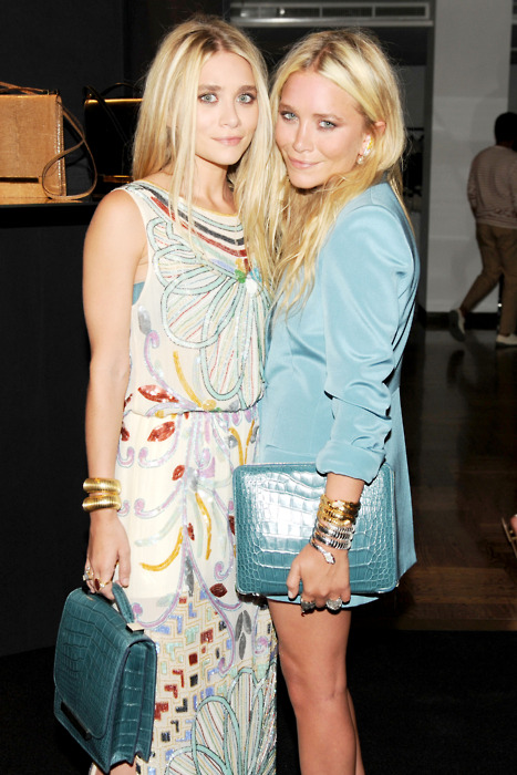 bracesandlaces:  the olsen twins www.bracesandlaces.tumblr.com