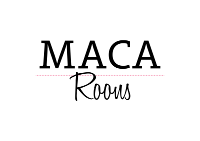 a logotype that i created for online accessories shop, macaroons.  Sounds délicieux isn't it?, well they asked me less delicious more girly and modern, so here it is.