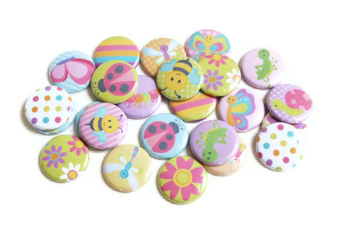 Spring Crafting Buttons!