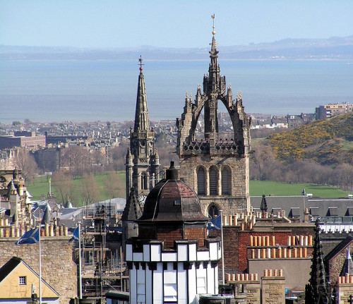 Edinburgh, Old Town by Colin  Angus Mackay on Flickr.