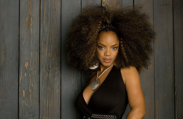 kinks-n-curls:  This week Hair Crush is Leela James.