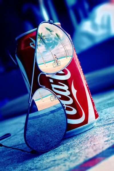 Coca Cola Summer by Isac Goulart