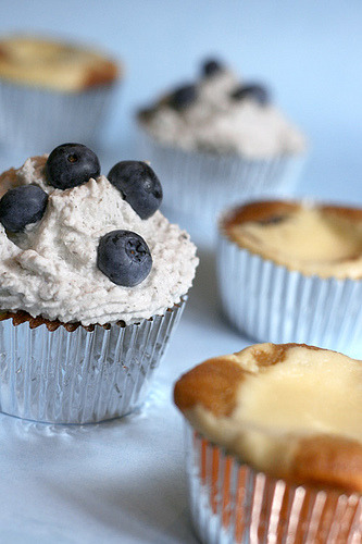 cupcakes-are-happiness:  Blueberry basil cheesecake cupcakes