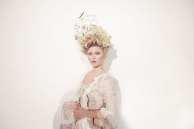 Marie Antoinette inspired fashion. | (via stylebubble.co.uk)