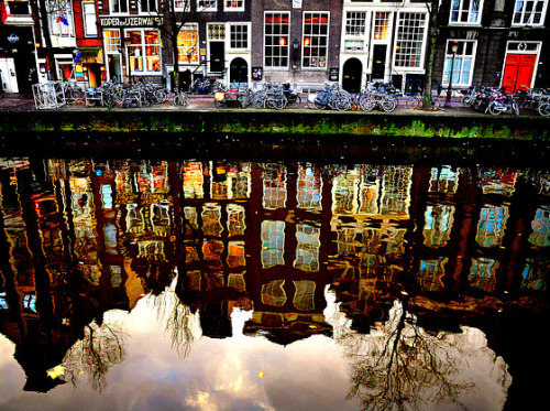 dyingofcute:  Amsterdam reflections