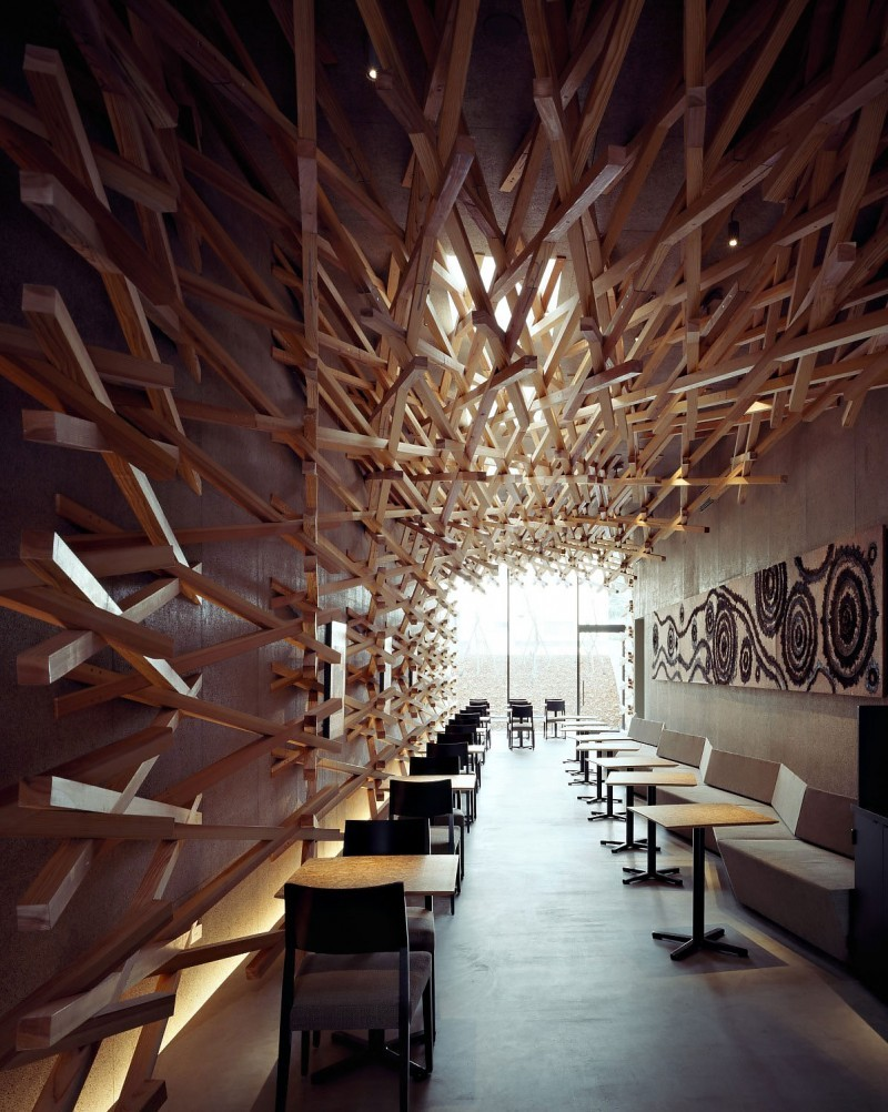 theabsolution:  (via Starbucks Interior by Kengo Kuma and Associates)