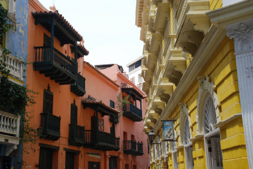 globed:  Cartagena, Colombia (source)