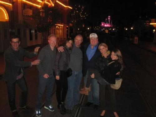 (Most of) The Modern Family cast at Disneyland with the whole park to themselves! Wish I could've been there!